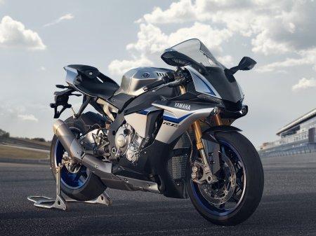 Yamaha YZF-R1M 2015 (18)