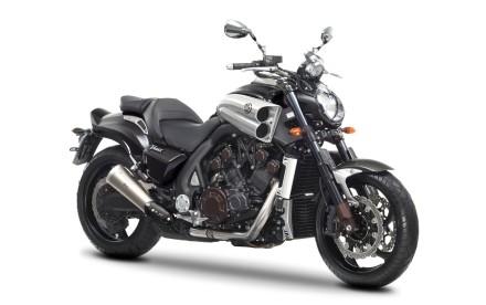 Yamaha VMAX Carbon 2015 (9)