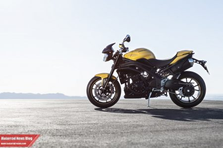 Triumph Speed Triple 94R 2015-5