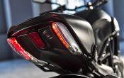 Ducati Diavel Carbon 2016 (32)