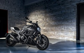 Ducati Diavel Carbon 2016 (37)