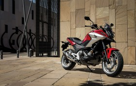 Honda NC750X 2016 (1)