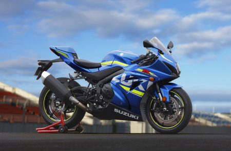 Vollkommen neu: Suzuki stellt auf der EICMA die GSX-R1000 als Concept Bike vor. Sieht schon ziemlich nach Serie aus.