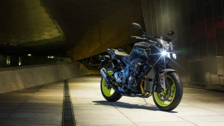 Wer macht denn da auf böser Bube? Die neue Yamaha MT-10 mit dem Vierzylinder aus der R1.