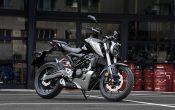 Honda CB125R 2018 (9)
